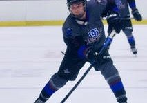 Navigation to Story: Weston Dover-Sherborn hockey team looks to improve this season