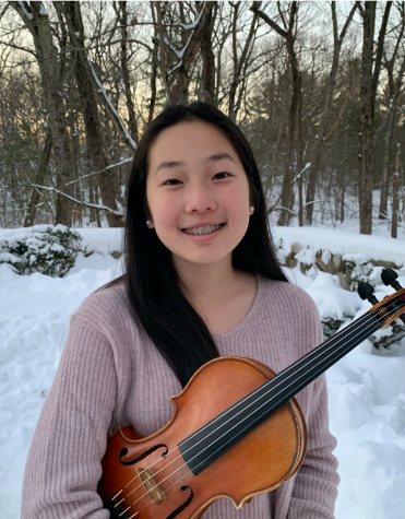 Ella Kim with her violin.