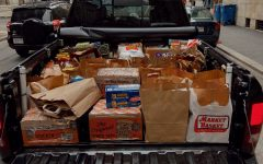 Navigation to Story: Juniors donate Thanksgiving dinners to the NECHV